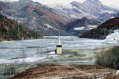 Das geflutete Dorf Geamana