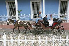 Dass die Zahl der Ehen auf Kuba drastisch zurückgegangen ist, liegt am Freibier