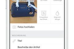 Drei Kleidungsstücke auf einer Internet-Tauschbörse einstellen