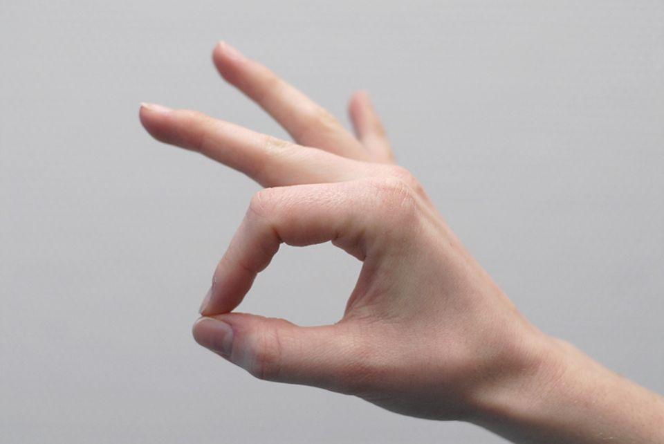 Gestik: Achtung auch bei diesem Handzeichen - es könnte missverstanden werden...