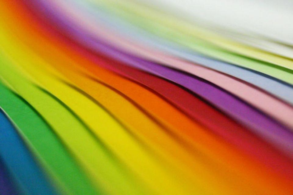 Psychologie: Die unterschiedlichen Wellenlängen des Lichts sind für die verschiedenen Spektralfarben verantwortlich