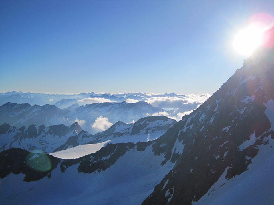 Blick über die Osttiroler Berge von der Adlersruhe (Erzherzog-Johann-Hütte) aus