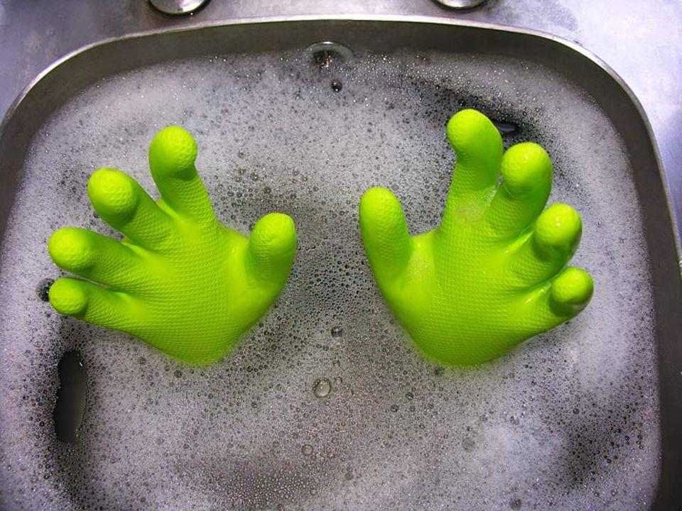 """Greenwashing: Immer häufiger versuchen Firmen ihr Image und ihre Produkte """"grün zu waschen"""""""