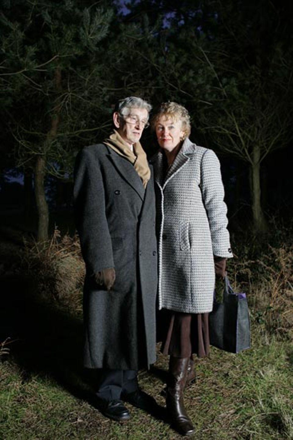 Wenn Clive Wearing die Stimme seiner Frau hört, stürzt er ihr jedes Mal entgegen und schließt sie so leidenschaftlich in die Arme, als sei sie lange weg gewesen