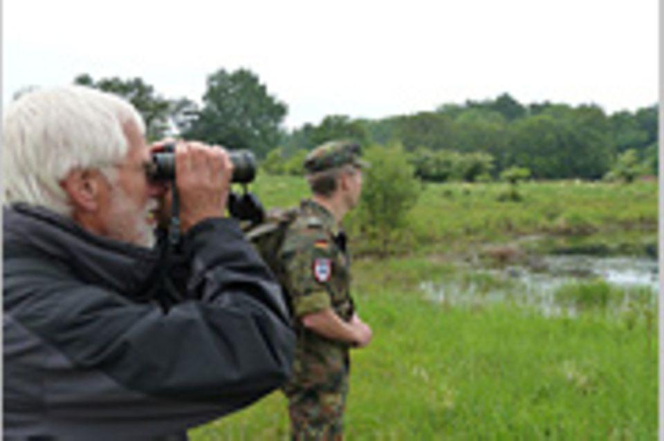 Naturschutz auf Truppenübungsplätzen: Von Karmingimpeln und Blindgängern