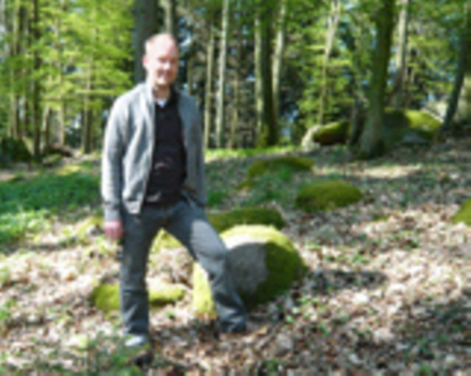 Naturschutz: Dr. Michael Dohlen vom Institut für Baustoff-Forschung in Duisburg hat Stadtwälder im Ruhrgebiet untersucht