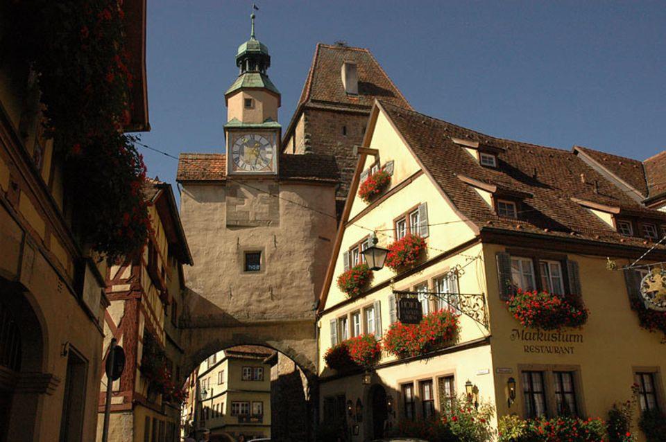 Rothenburg ob der Tauber: Eine Stadt mit Geschichte: In Rothenburg können Touristen mittelalterliches Flair erleben