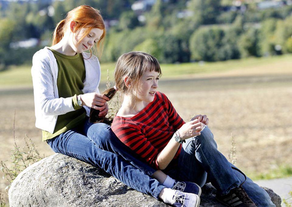DVD-Tipp: Anne (Maria Annette Tanderød Berglyd) und ihre beste Freundin, die rothaarige Beate (Aurora Bach Rodal)