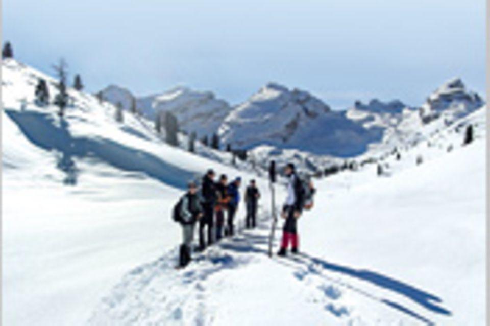 Wintersport: Wintersport: Schneeschuh-Wandern in den Dolomiten