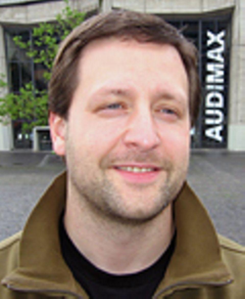 Corporate Responsibility: Dr. Christian Neuhäuser ist Akademischer Rat an der Ruhr-Universität-Bochum