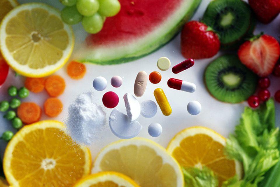 """""""91 Prozent der Frauen und 82 Prozent der Männer sind nicht genügend mit Vitamin D versorgt"""", sagt Uwe Gröber"""