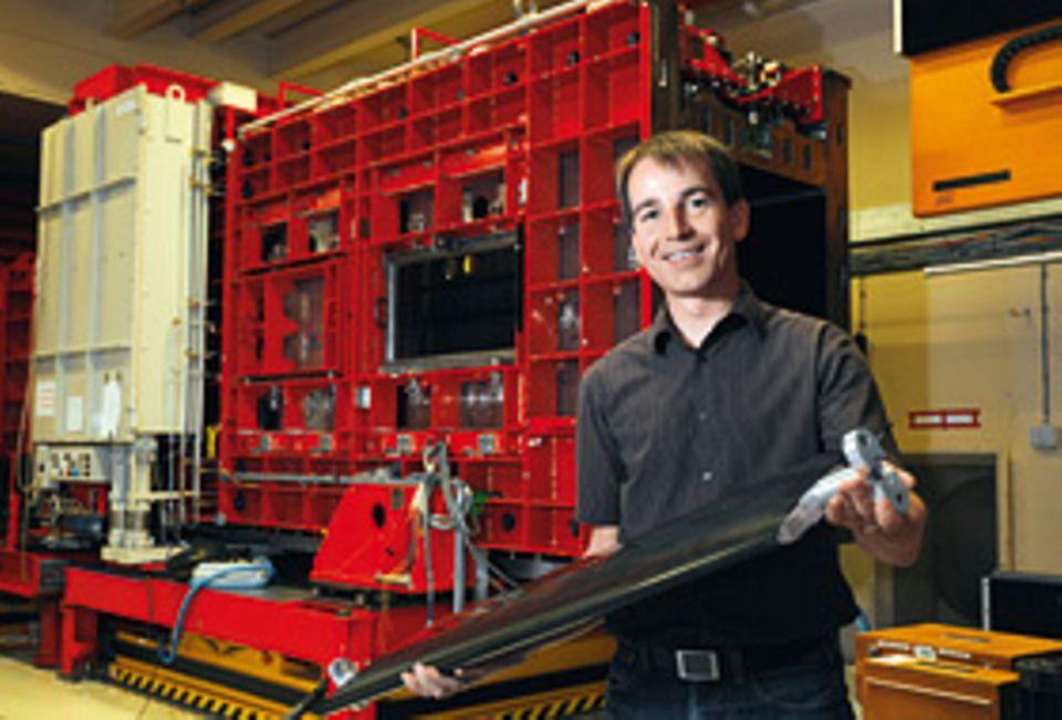 Beruf: Windkanal-Forscher: Holger Mai testet im Windkanal des Deutschen Zentrums für Luft- und Raumfahrt (DLR)