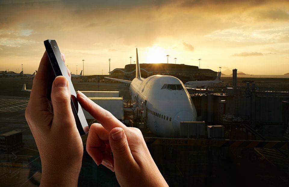 Reisekasse: Wer einige Ratschläge beherzigt, kann auch im Ausland mobil surfen