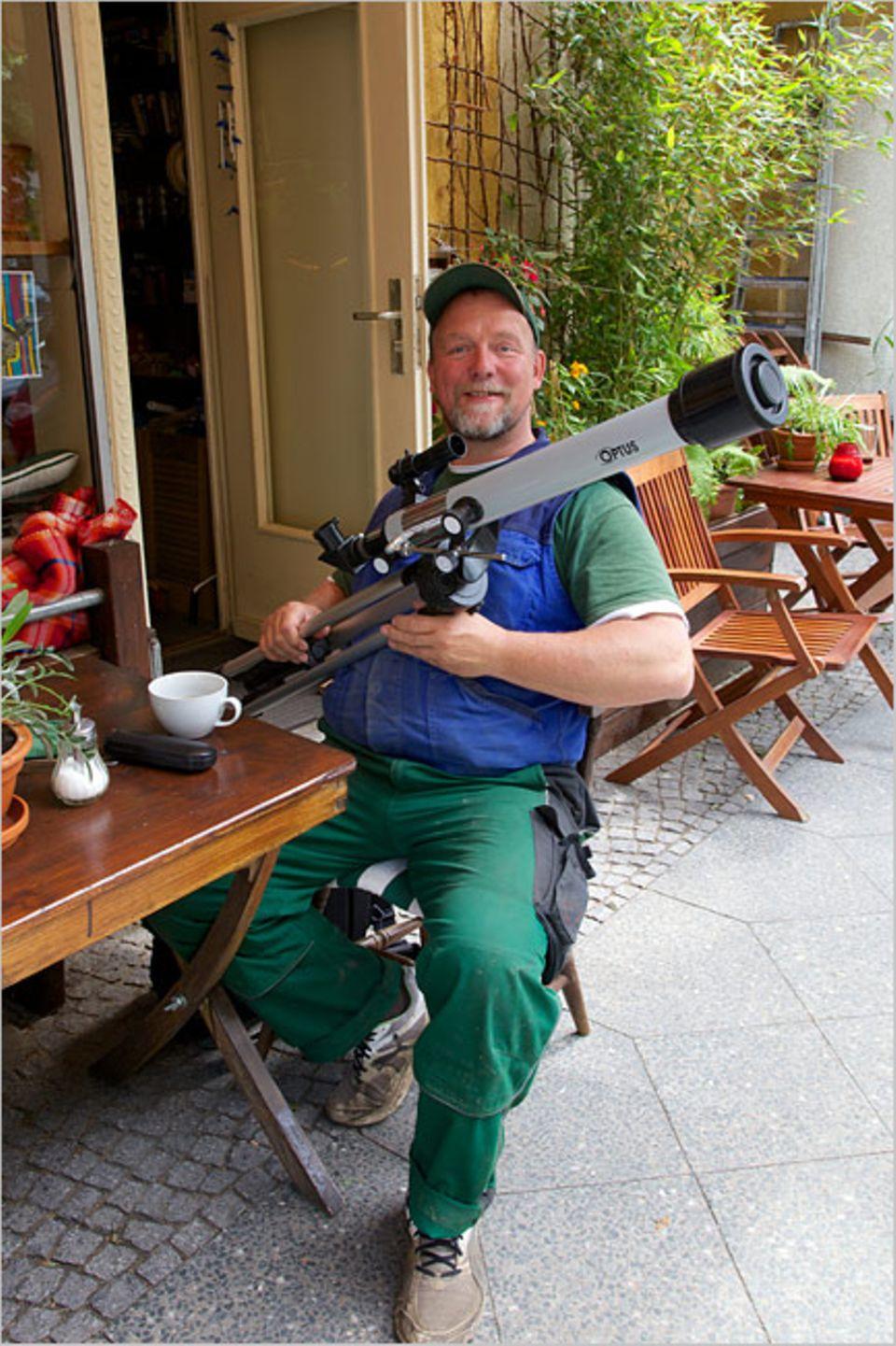 """Share Economy: frents.com-User """"Brekky"""" verleiht sein Teleskop gern - damit auch andere daran Freude haben können"""