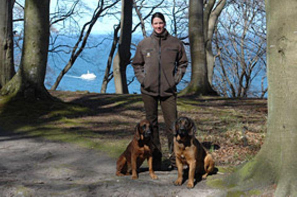 Beruf: Tatjana Puchmüller sucht mit ihren Jagdhunden verletzte Wildtiere auf