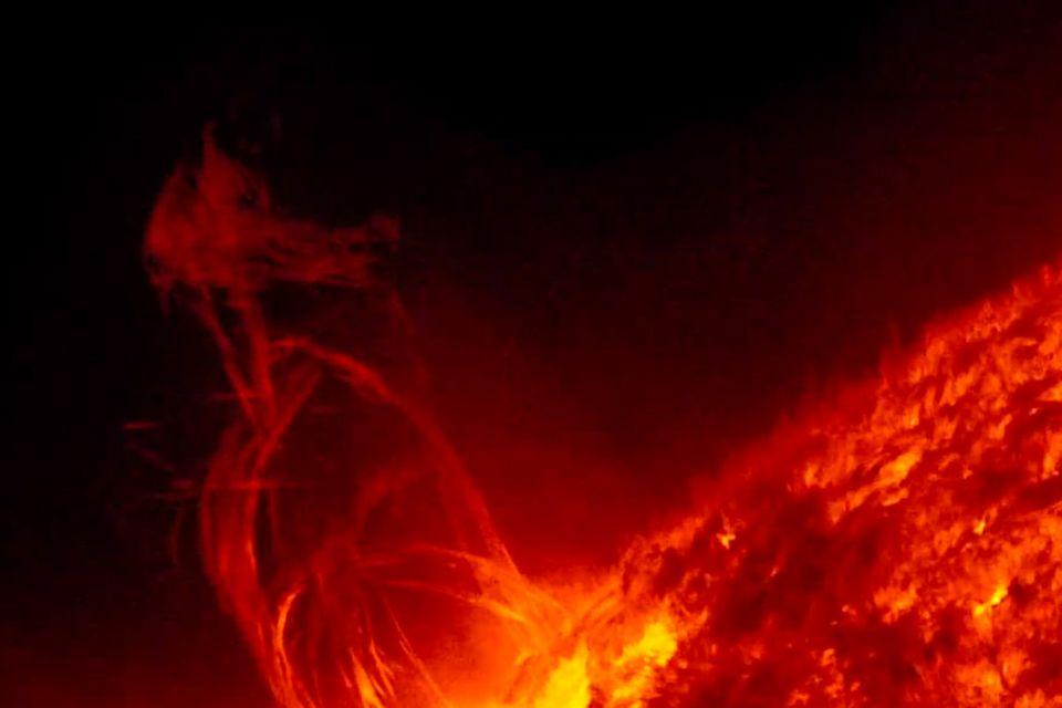 Solar Dynamics Observatory: Atemraubende Zeitrafferaufnahmen der Sonne