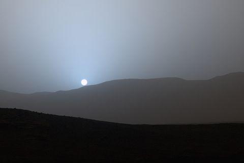 Abendblau auf dem Mars: Mars-Rover fotografiert erstmals blauen Sonnenuntergang