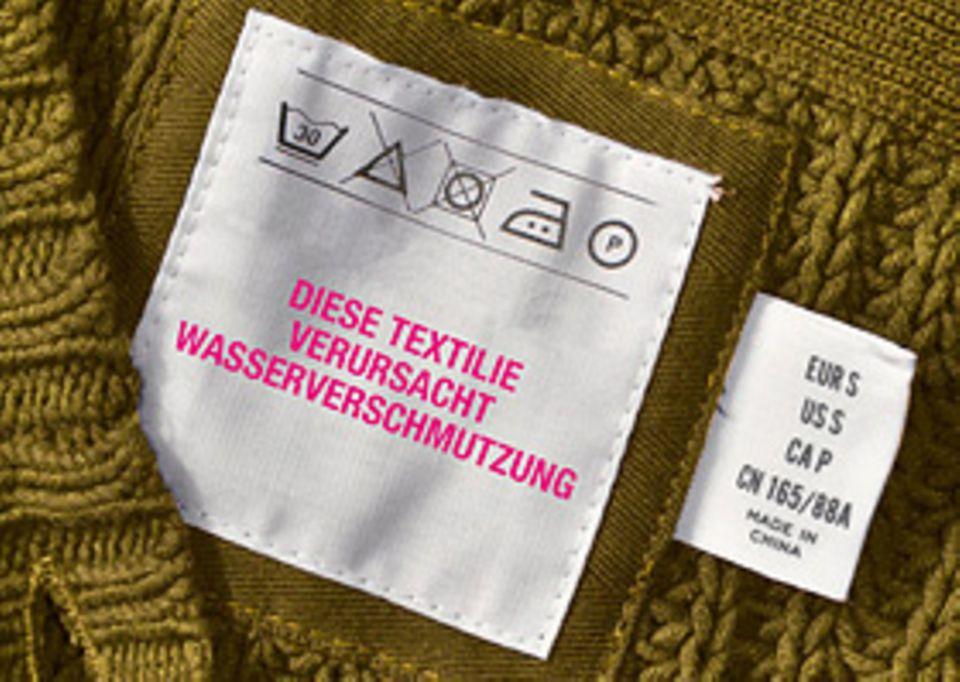 Gift in Kleidung: Es gibt mehr als 10.000 verschiedene Farbstoffe zum Färben und Bedrucken von Textilien. Einige von ihnen enthalten giftige Substanzen