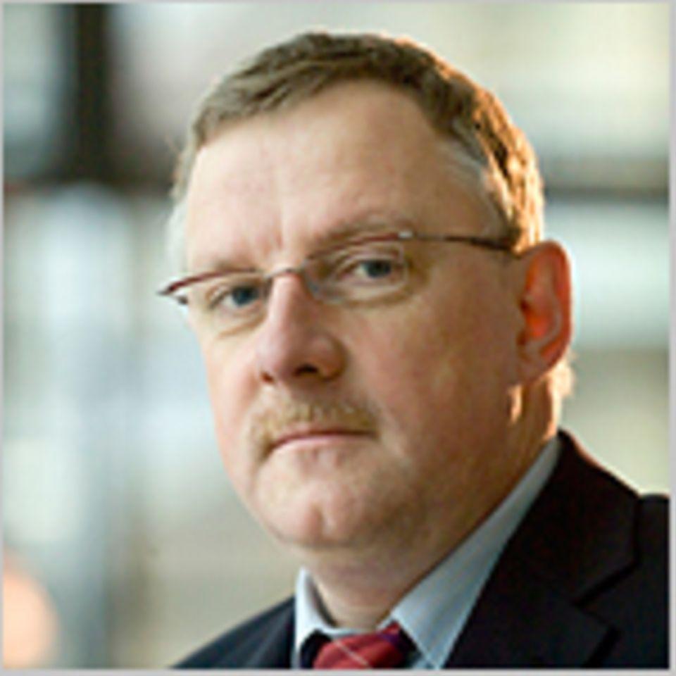 Klimakonferenz in Doha: Verfolgt für die Helmholtz-Gemeinschaft die Klimaverhandlungen in Doha: Prof. Dr. Reimund Schwarze vom Hamburger Climate Service Center