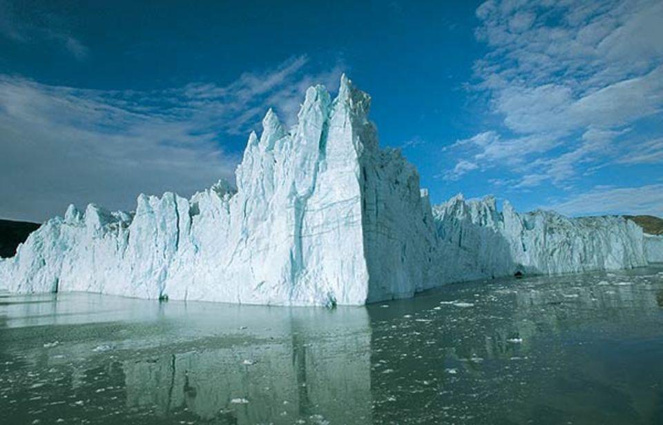 Ein weißer Riese: bis zu 80 Meter hoch und 5 Kilometer lang