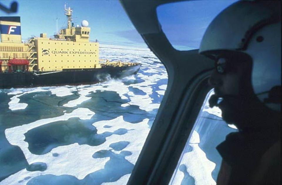 """Stählerne Herberge für Polarbegeisterte: die """"Kapitän Khlebnikov"""""""