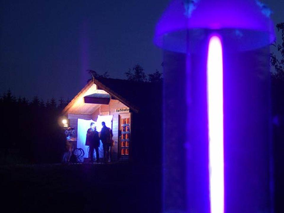Insekten-Lichtfalle, aufgestellt am Scharfenstein