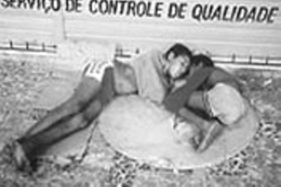 """Straßenkinder - die """"Wegwerfbaren"""""""