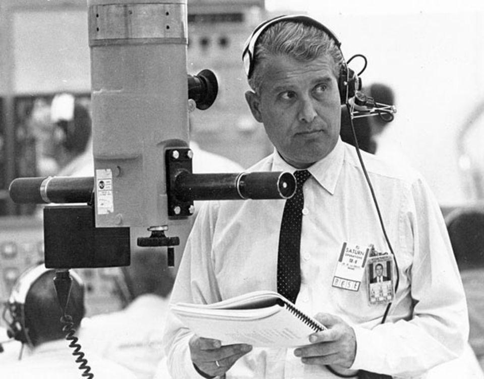 """Mondlandung: Wernher von Braun gilt als Vater der """"Saturn V"""". In Peenemünde hatte er während des zweiten Weltkrieges die """"Wunderwaffe V2"""" entwickelt"""