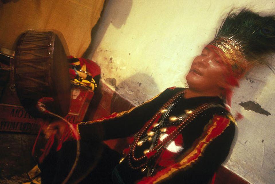 Indra Gurang ist ein in ganz Nepal bekannter Schamane
