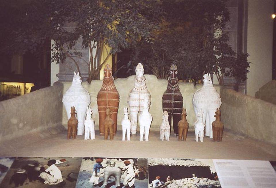 Hölzerne Pferde aus Rajasthan