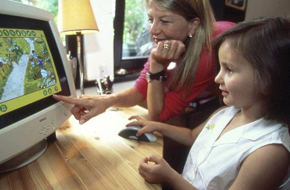 Virtueller Besuch im Taka-Tuka-Land: Paulinas erste Schritte ins Internet
