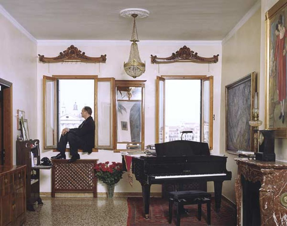 Der Schauspieler und Sänger Ulrich Tukur lebt mit seiner Frau Katharina John seit 1999 auf der Giudecca