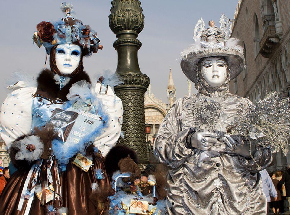 Feiertage: In Venedig sind die Karnevalskostüme besonders pompös