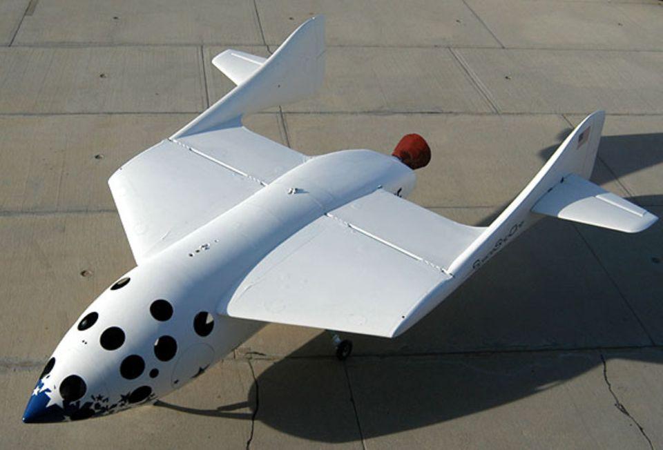 Seine Stummelflügel sollen das SpaceShipOne sicher zum Boden tragen