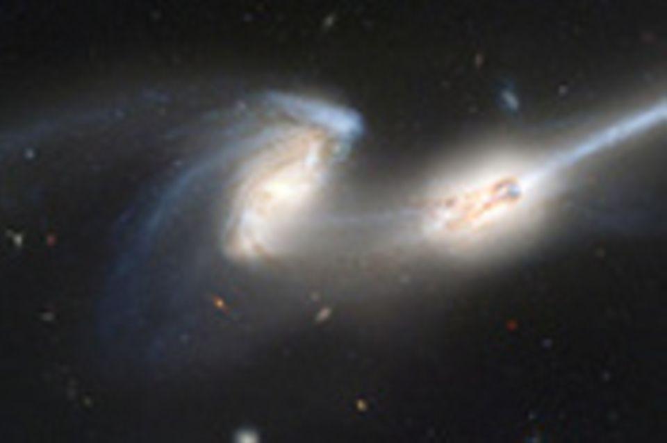 Kosmischer Crash: Kollisionen von Galaxien