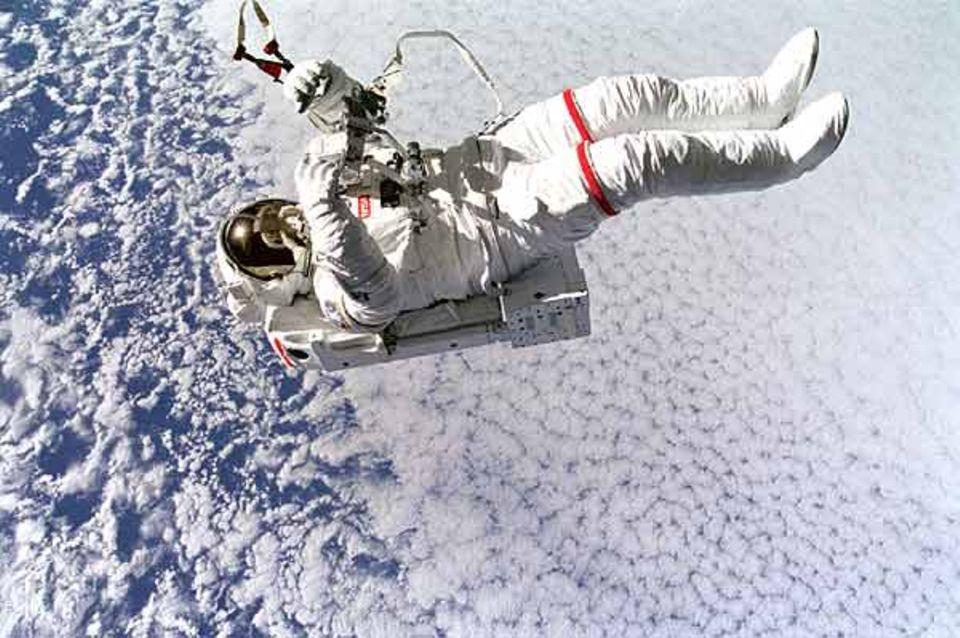 Beruf: Mit der Schwerelosigkeit muss jeder Astronaut klar kommen.