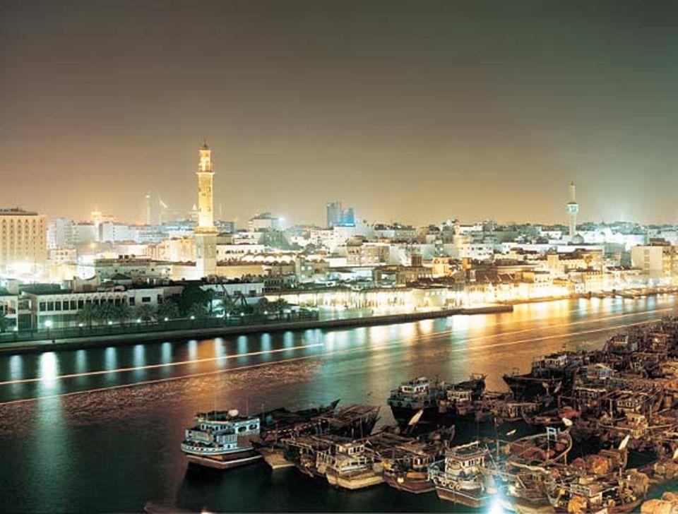 Seit der Antike tragen die Dhaus die Lasten des Seehandels am Persischen Golf