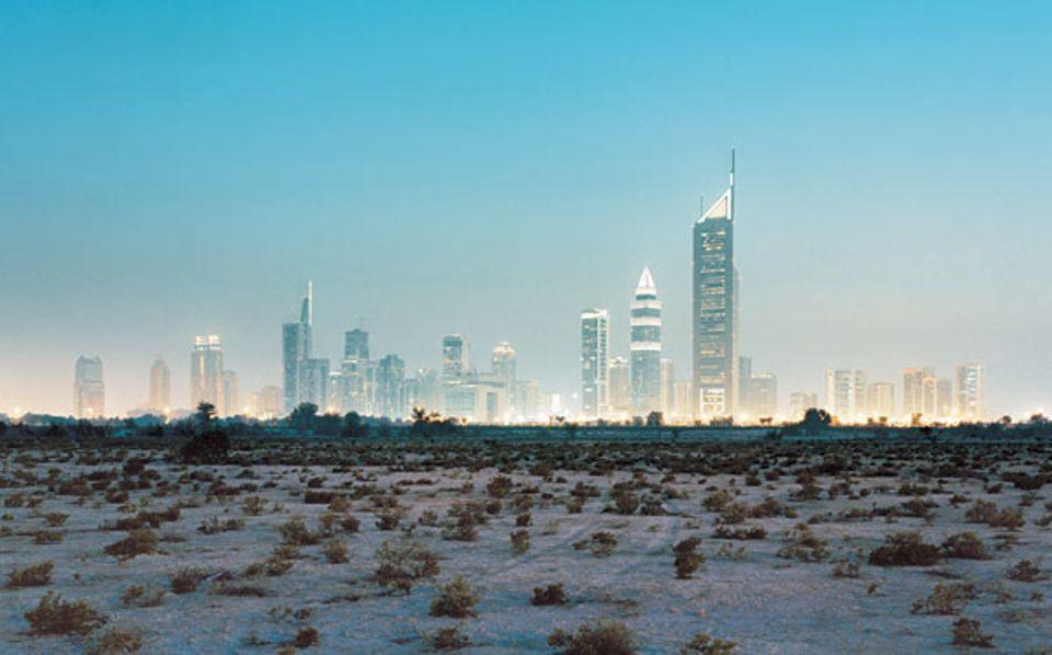 Die Skyline von Dubai City