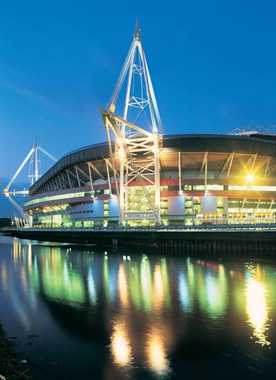 Am River Taff liegt das Millenium Stadium