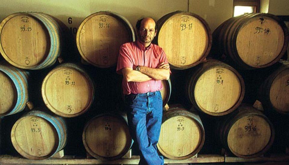 Der Wein soll naturrein sein: Bürgermeister Michaël Latz führte ökologische Methoden ein