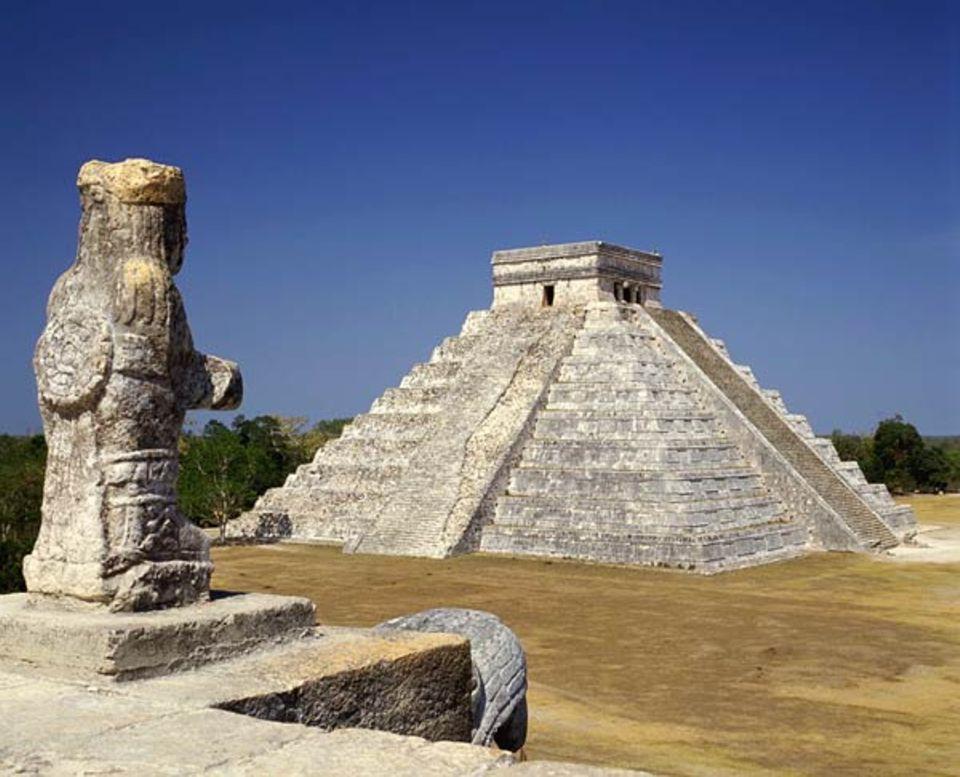 Geschichte der Maya: Die Verlierer des Spiels wurden als Menschenopfer von den Stufen der Tempelpyramiden gestoßen