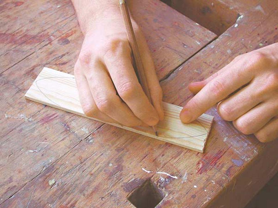 Australisches Musikinstrument: Form mit einem Bleistift vorzeichnen