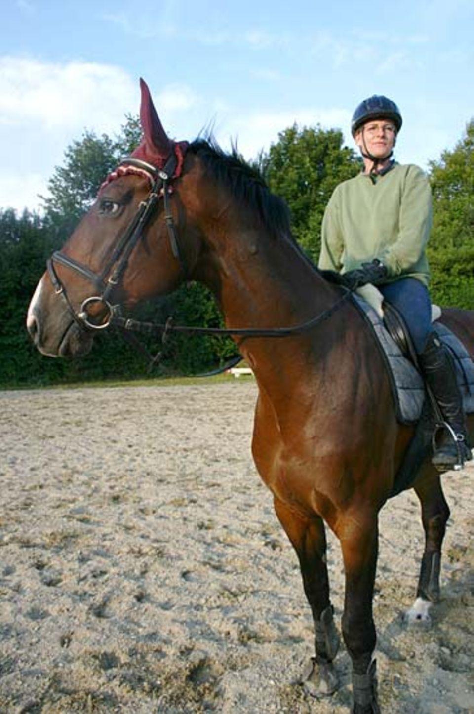 Beruf: Claudias Arbeitsplatz - auf dem Rücken der Pferde statt im Büro