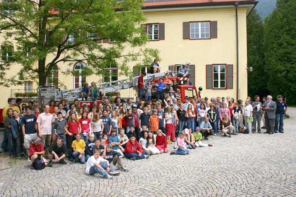 150 Schüler, 50 Lehrer sowie 25 Experten beteiligten sich am GEO-Tag der Artenvielfalt des Gymnasiums Landschulheim Marquartstein. Bei keinem anderen Schulprojekt hatten sich so viele Teilnehmer auf Artensuche begeben