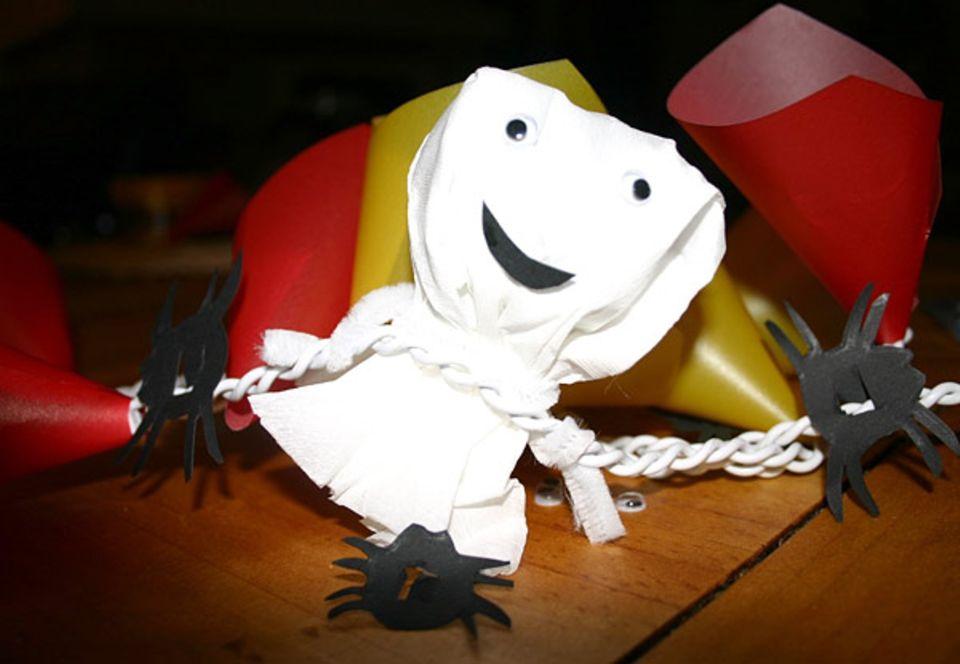 Halloween: Fertig ist die gruselige Halloween-Lichterkette