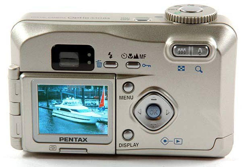 Auf dem Monitor auf der Rückseite der Kamera könnt ihr die Motive sehen, die ihr fotografieren wollt - und die schon geschossenen Fotos