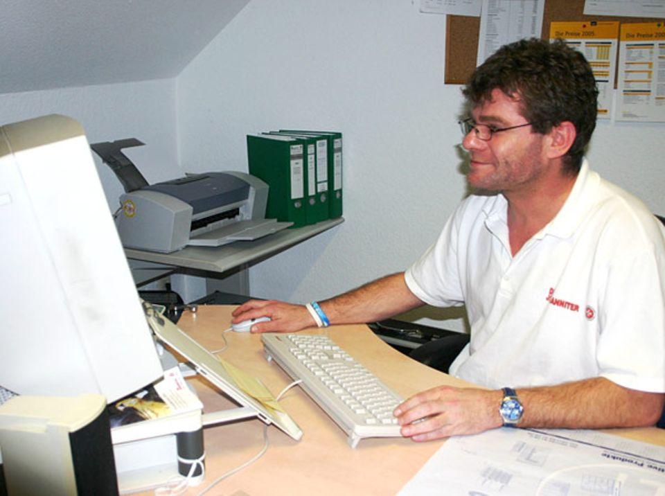 Beruf: Noch ist alles ruhig und Fritz Scheibenzuber sitzt in seinem Büro