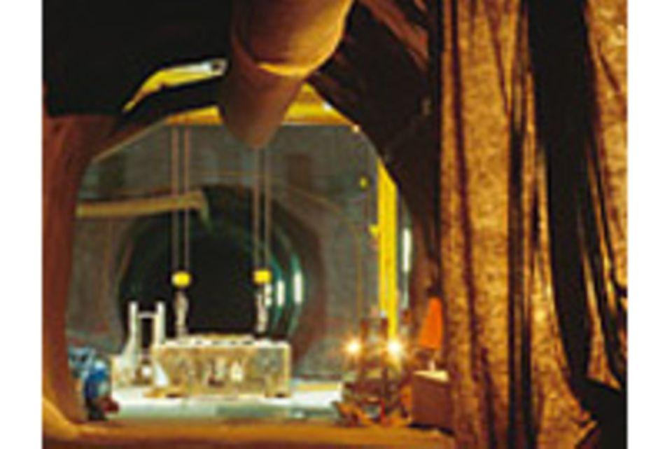 Tunnelbau: 57 Kilometer durch den Fels