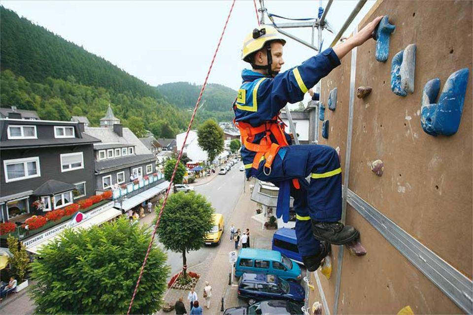 Wichtig für den Notfall: Regelmäßiges Training an der Kletterwand