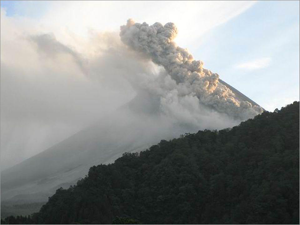 Nach dem verheerenden Erdbeben in Indonesien scheint nun auch der Vulkan Merapi kurz vor einem gewaltigen Ausbruch zu stehen